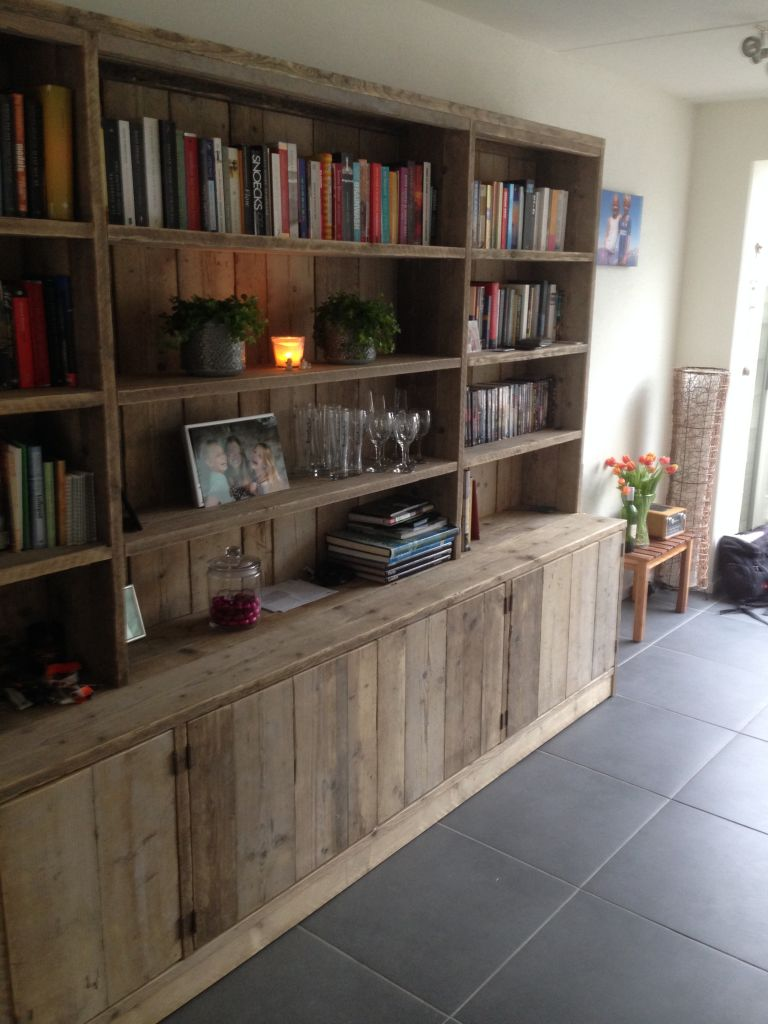 Civil & Wood | Boekenkast Steigerhout
